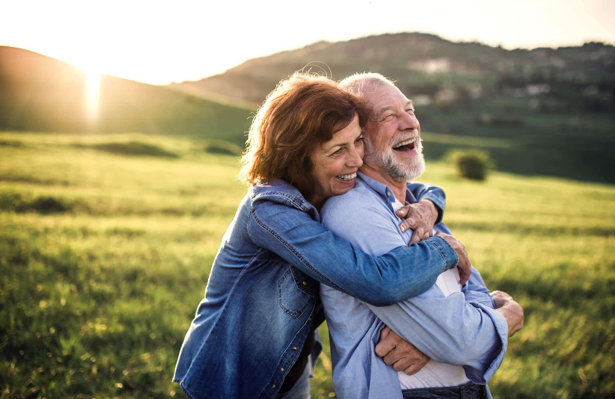 couple quinquagénaire heureux